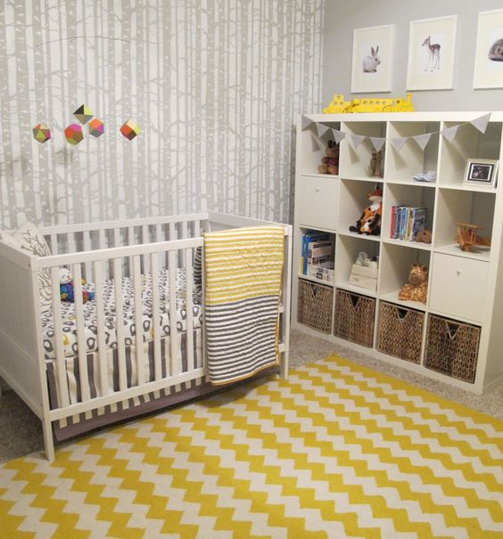 Quarto de bebê cinza, amarelo e branco Quarto para bebê