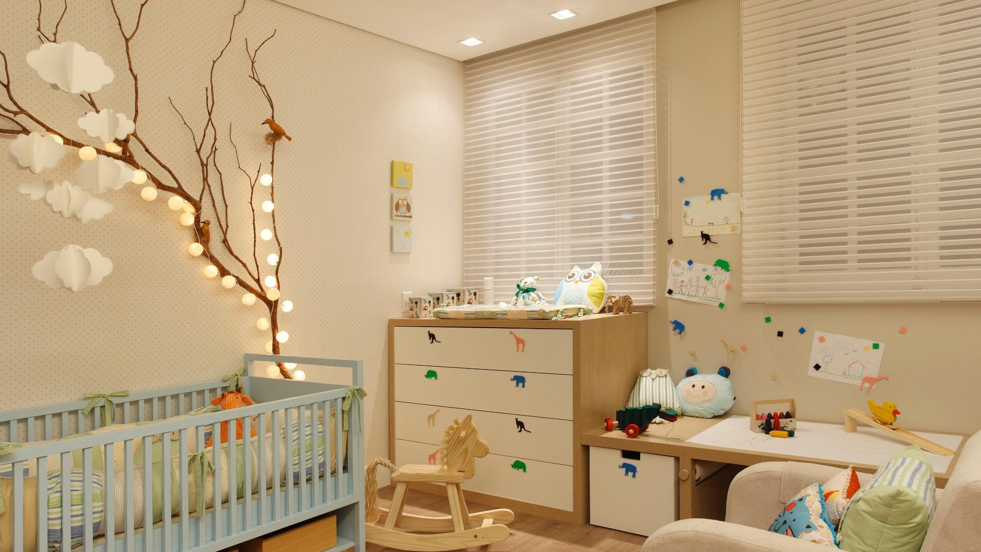 Quarto De Beb Com M Veis Coloridos Mais De 900 Quartos De Beb  ~ Armario Quarto Branco Com Parede Colorida Quarto
