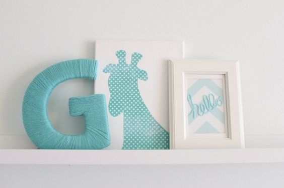 Letras para quarto de bebê dão um up na decoração  Quarto para bebê