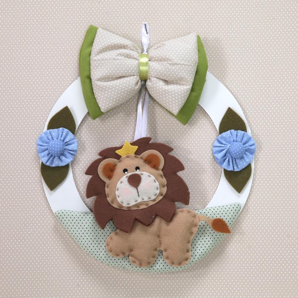 Enfeite de porta de maternidade pode decorar quarto do bebê e35ba9b97b