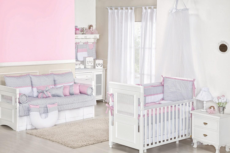 quarto de bebê chevron rosa