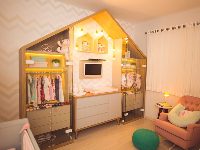 guarda-roupa casinha