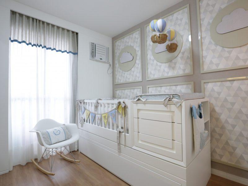 quarto de bebê com nuvens