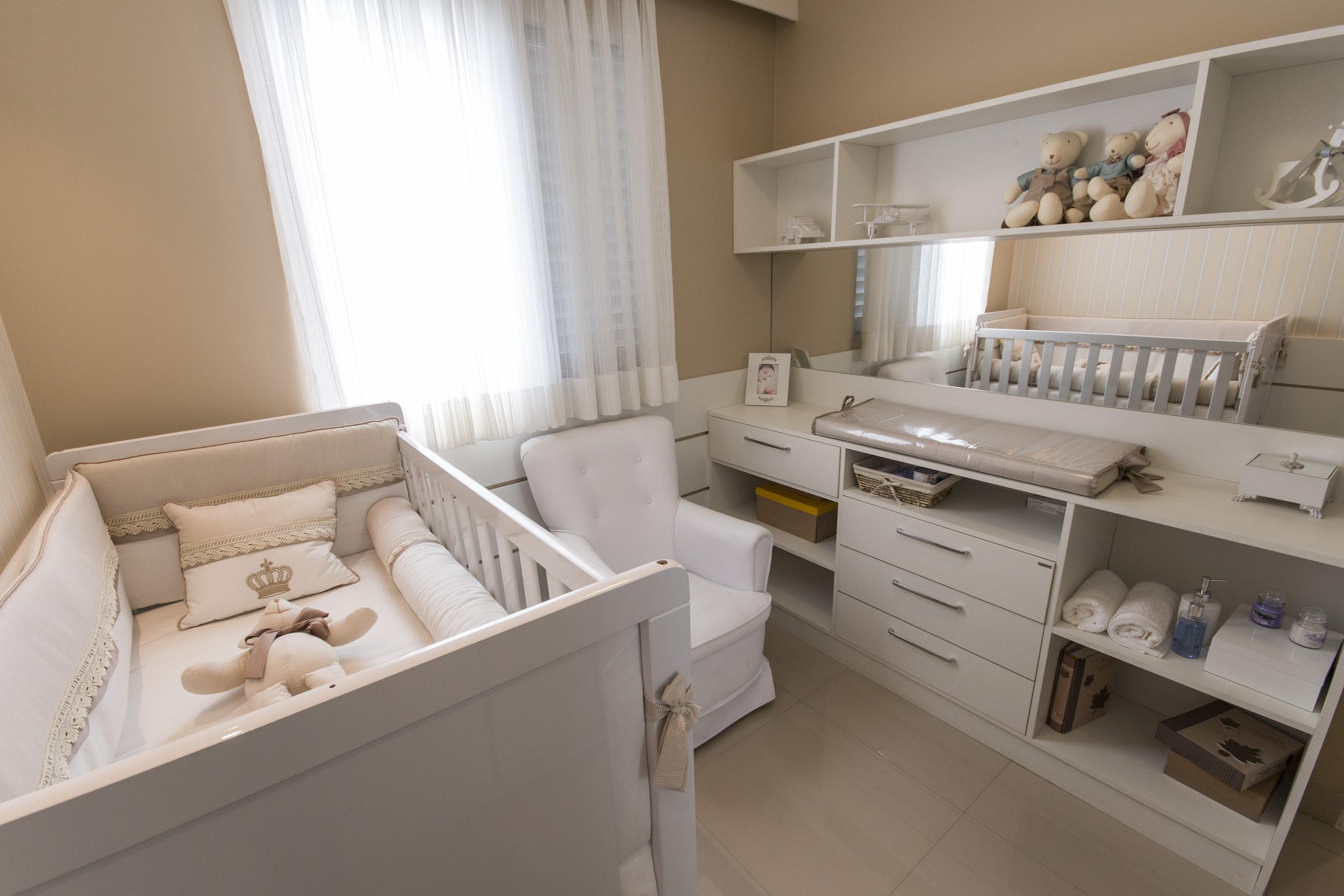 Quarto De Beb Pequeno Otimize Com Os M Veis Multifuncionais ~ Organizando O Quarto Pequeno E Decoração De Quarto Rosa