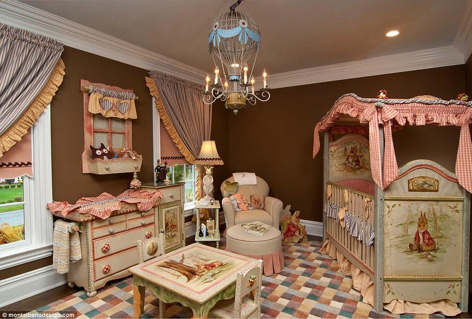 quarto de bebê com coelhos