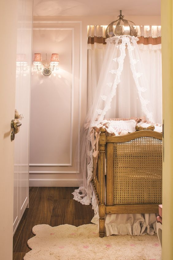 quarto de bebê romântico